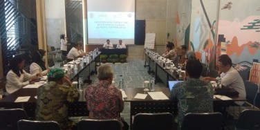 Focus Group Discussion - Menyusun Indikator Ramah Lanjut Usia